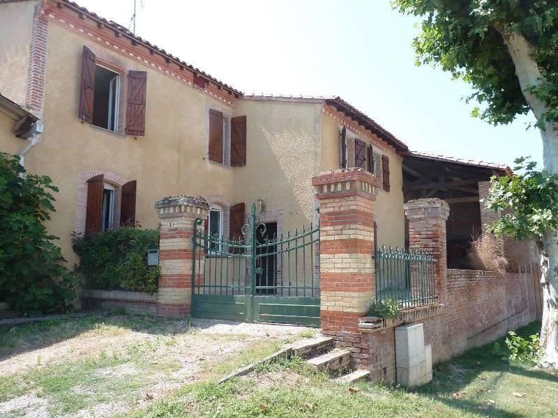 Sale house / villa Parisot 275000€ - Picture 1