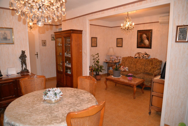Sale apartment Toulon 132 500€ - Picture 1