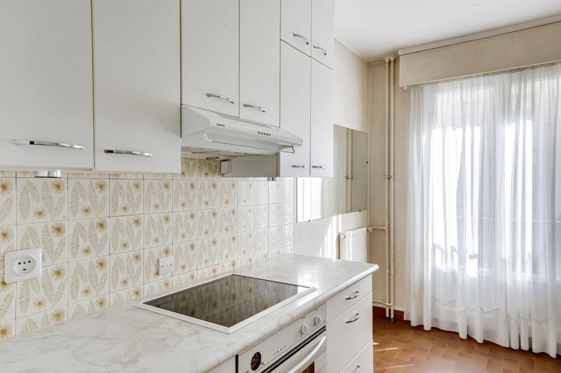 Sale apartment Versailles 875 000€ - Picture 6