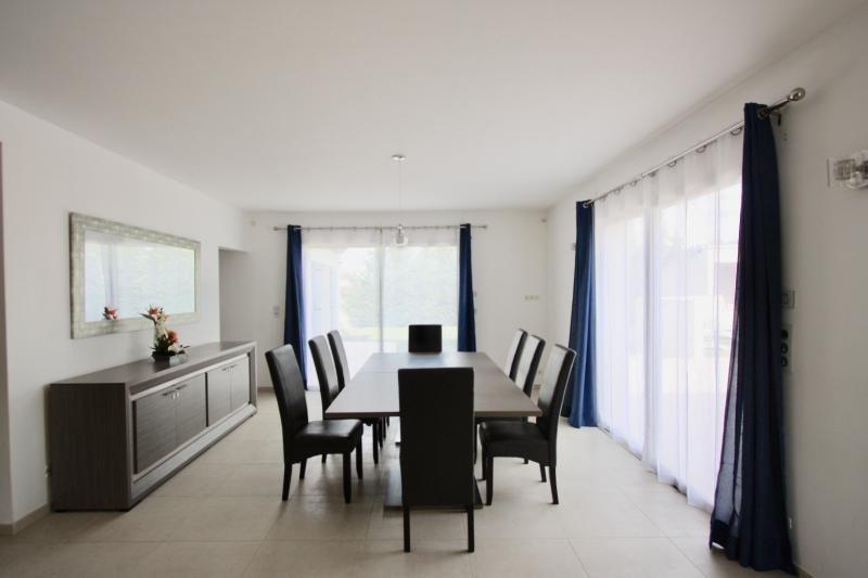 Vente maison / villa Violes 493000€ - Photo 3
