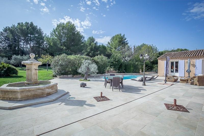 Deluxe sale house / villa Aix en provence 1470000€ - Picture 4