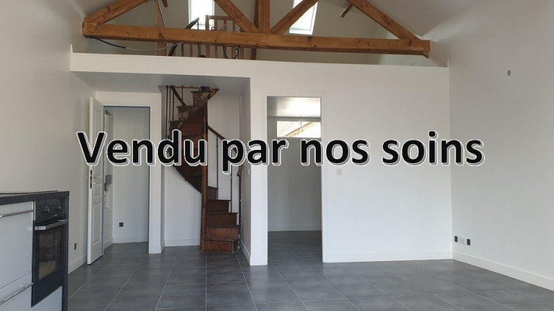 Sale house / villa Montfort l amaury 237000€ - Picture 1