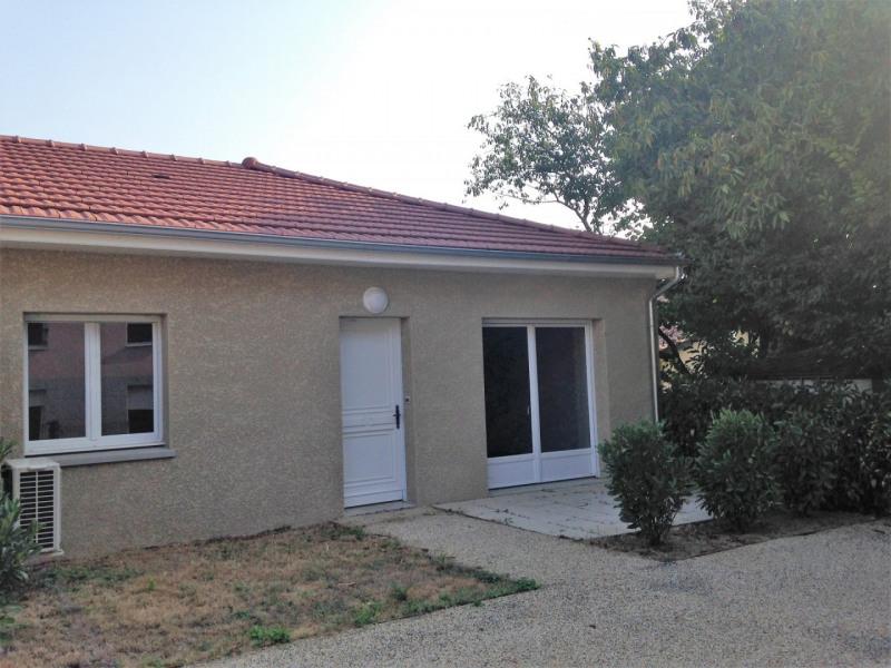Rental apartment Attignat 640€ CC - Picture 1
