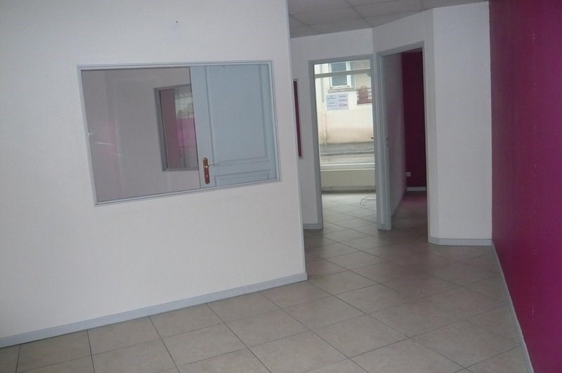 Location boutique Châlons-en-champagne 950€ CC - Photo 2