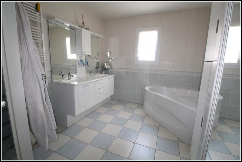 Vente maison / villa Marans 210000€ - Photo 8