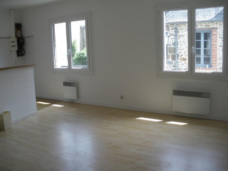Vente maison / villa Combourg 97200€ - Photo 3