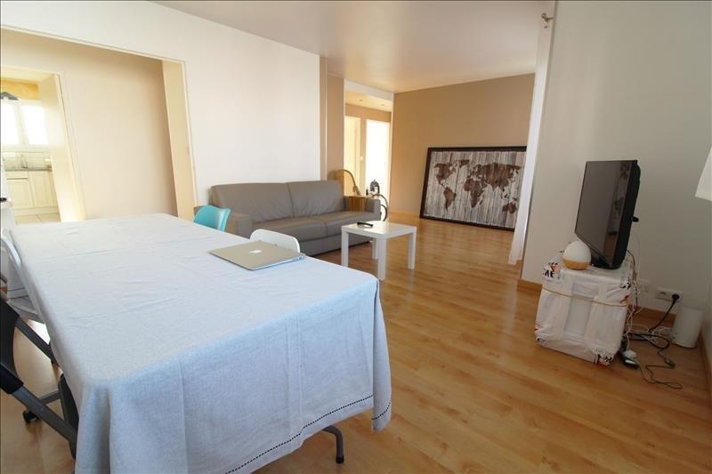 Sale apartment Maurepas 236500€ - Picture 2