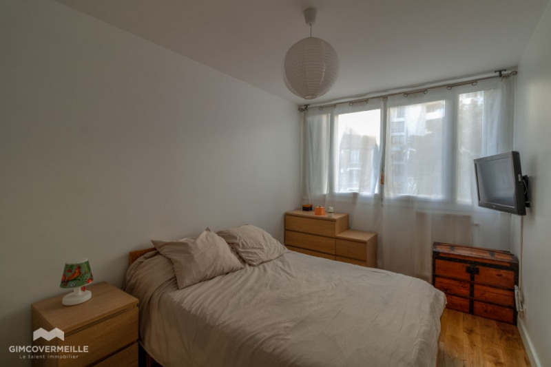 Sale apartment Poissy 365000€ - Picture 7