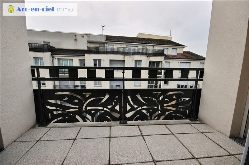 Rental apartment St denis 1 357€ CC - Picture 3