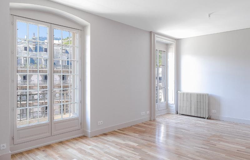 Location appartement Grenoble 1 770€ CC - Photo 2