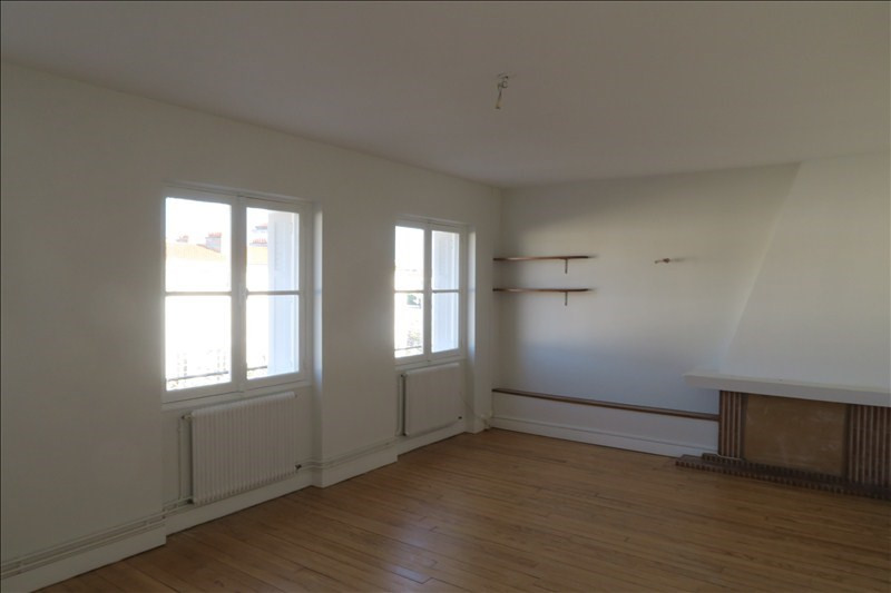Location appartement Royan 610€ CC - Photo 1