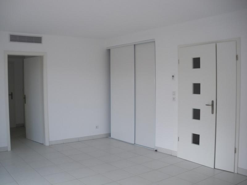 Rental apartment Saint-raphaël 1024€ CC - Picture 3