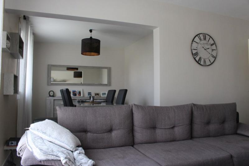 Sale house / villa Lescar 213500€ - Picture 2