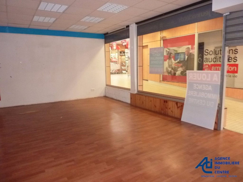Location local commercial Pontivy 550€ HC - Photo 4