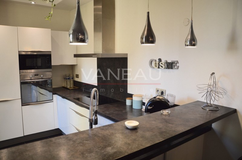Vente de prestige loft/atelier/surface Juan-les-pins 346 620€ - Photo 5