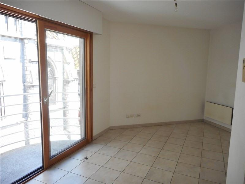 Locação apartamento Voiron 273€ CC - Fotografia 2