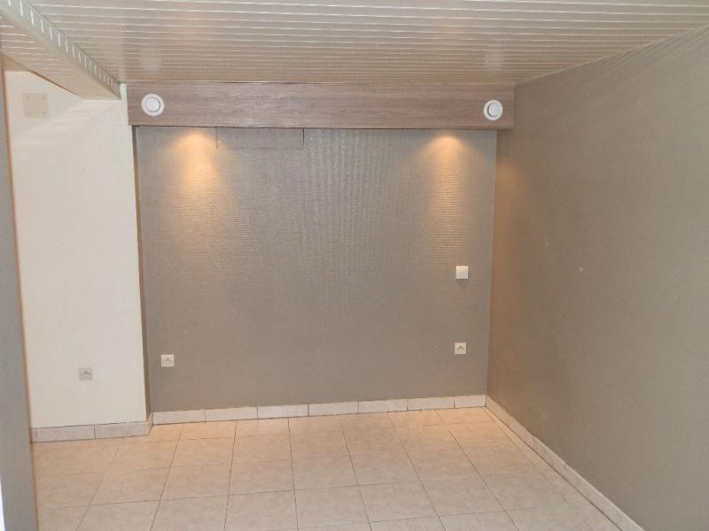 Vente appartement Chateaufort 114000€ - Photo 2