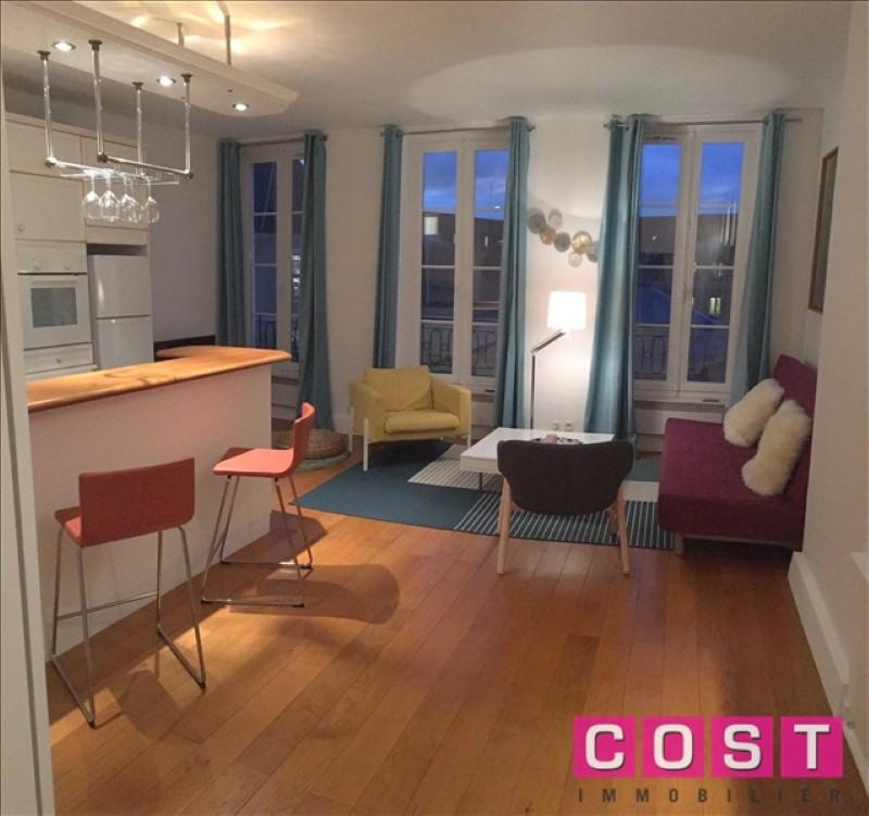 Rental apartment Paris 6ème 1745€ CC - Picture 1