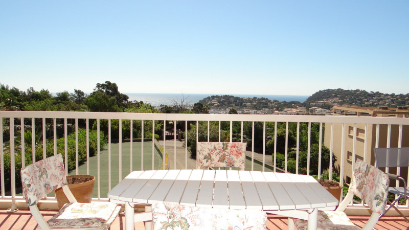 Vacation rental apartment Cavalaire sur mer 700€ - Picture 4
