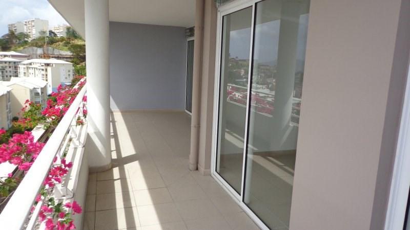 Sale apartment Fort de france 155000€ - Picture 2