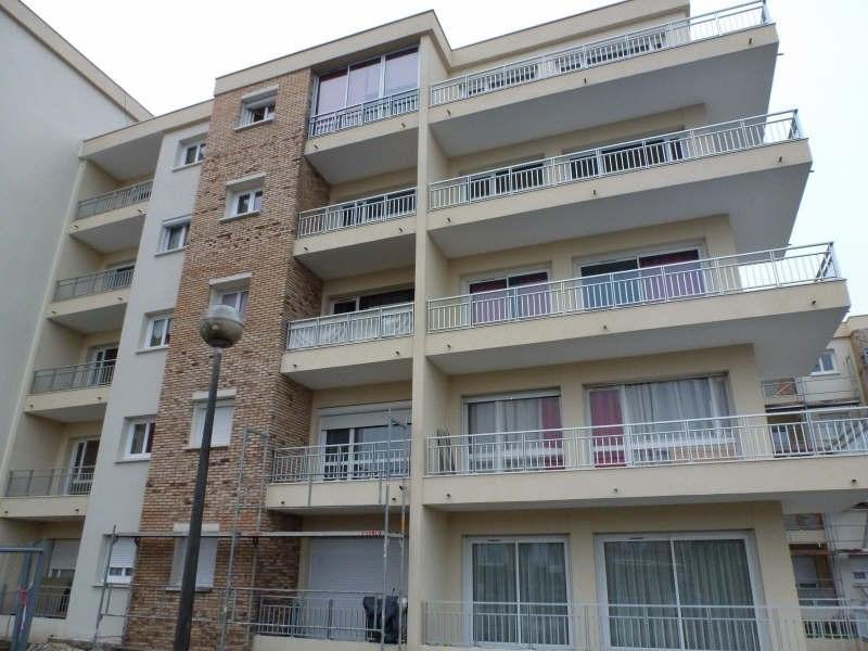 Rental apartment Maurepas 612€ CC - Picture 3