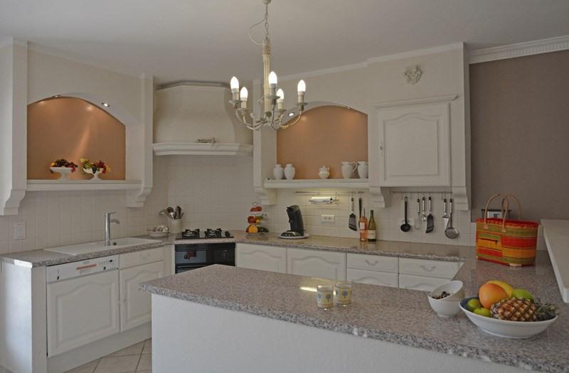 Престижная продажа дом Tourrettes 895000€ - Фото 30