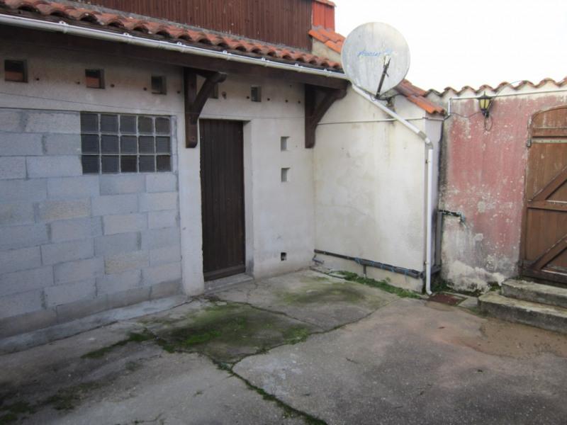 Sale house / villa Les mathes 145000€ - Picture 4