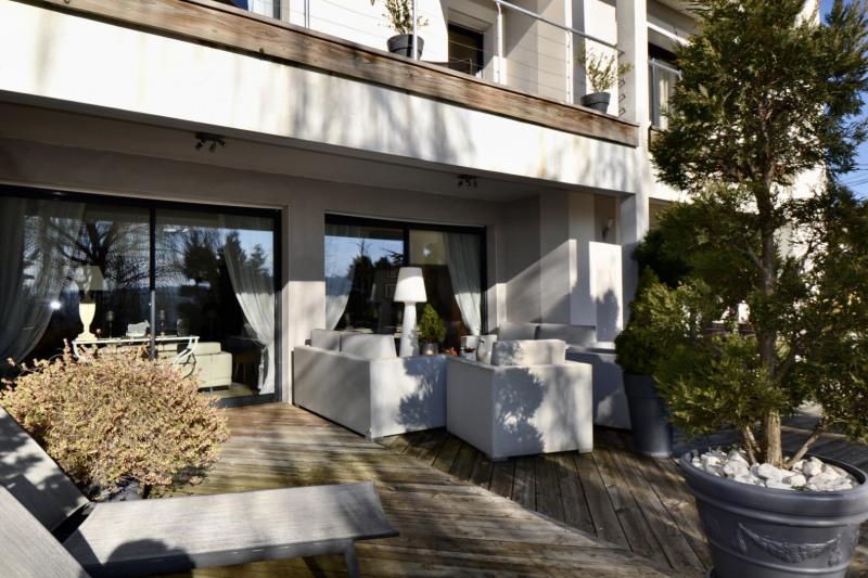 Deluxe sale house / villa St etienne 636000€ - Picture 2