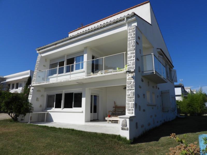 Deluxe sale house / villa Vaux sur mer 1248000€ - Picture 2