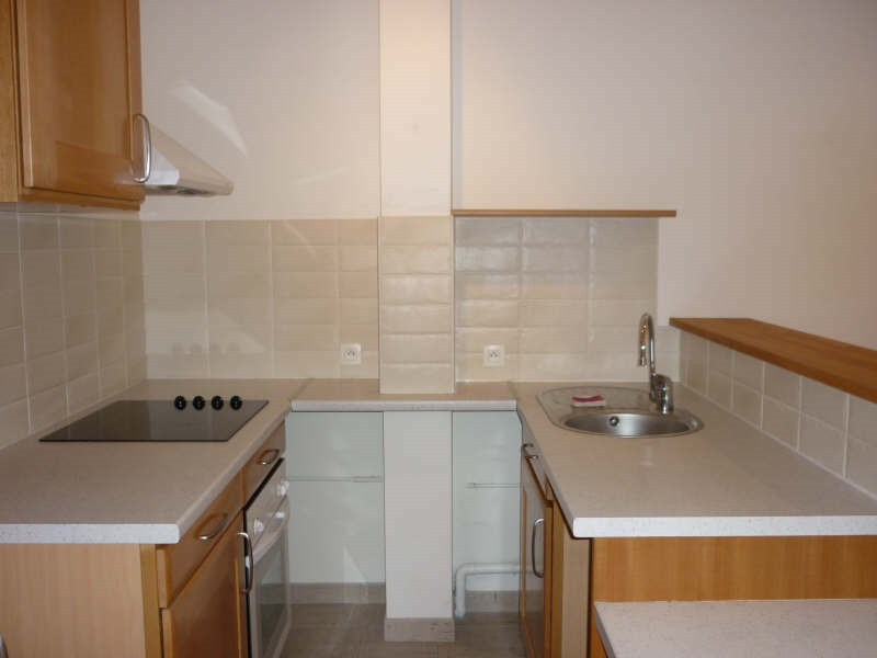 Rental apartment Saint germain en laye 1 180€ CC - Picture 2