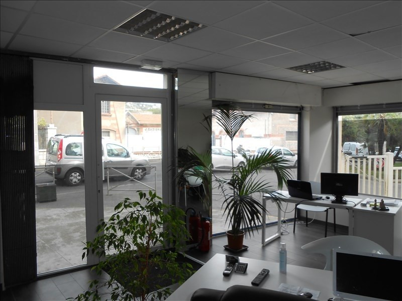 Location local commercial Le golfe juan 625€ HT/HC - Photo 2