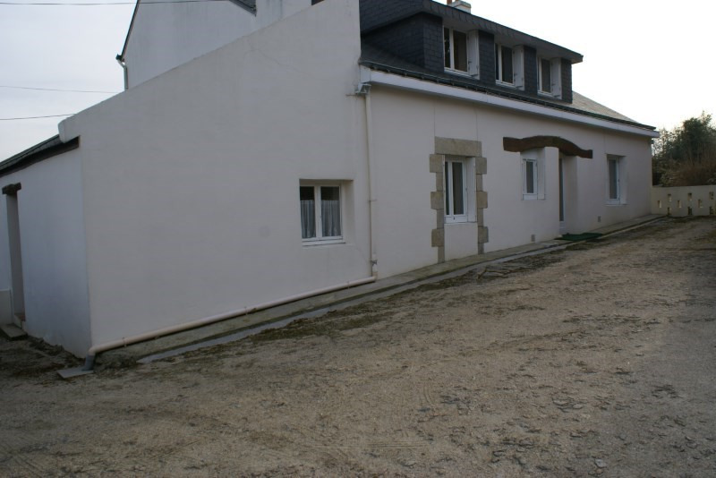 Rental house / villa Tremeven 550€ CC - Picture 1