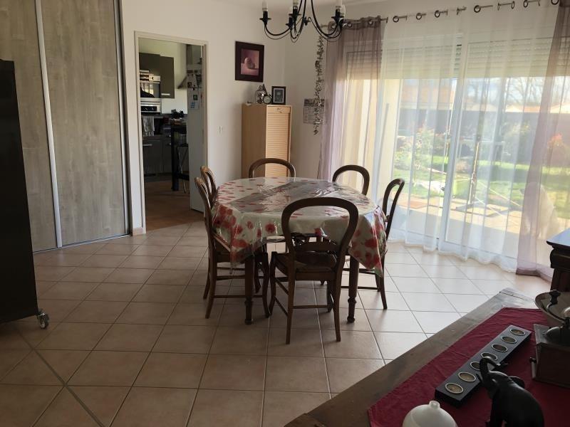 Sale house / villa Roches premarie andille 239000€ - Picture 1