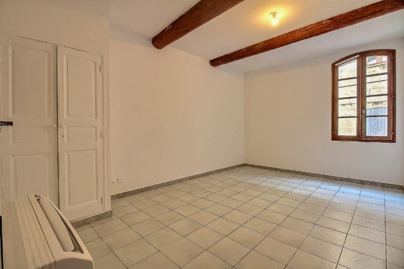 Location appartement Beaucaire 690€ CC - Photo 1