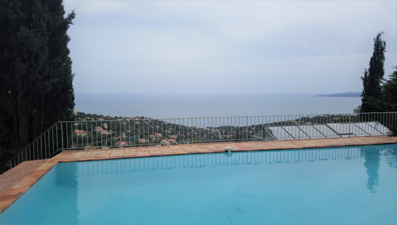 Vacation rental apartment Les issambres 760€ - Picture 1