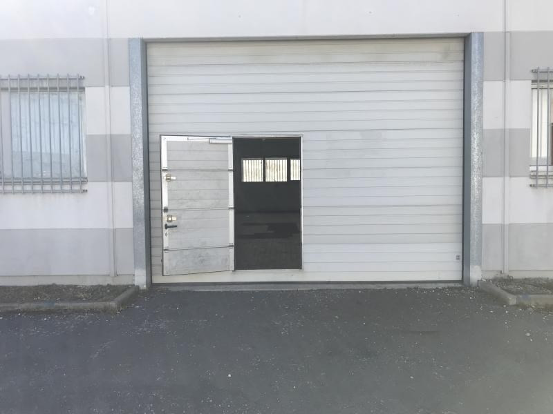 Location local commercial Poitiers 550€ HT/HC - Photo 1