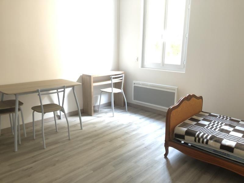 Affitto appartamento Nimes 390€ CC - Fotografia 2