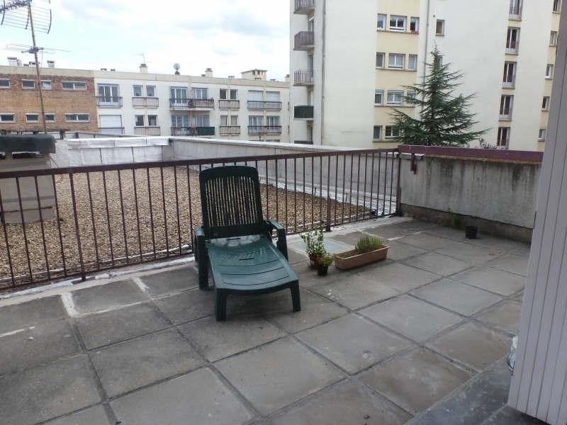 Location appartement Maurepas 742€ CC - Photo 4