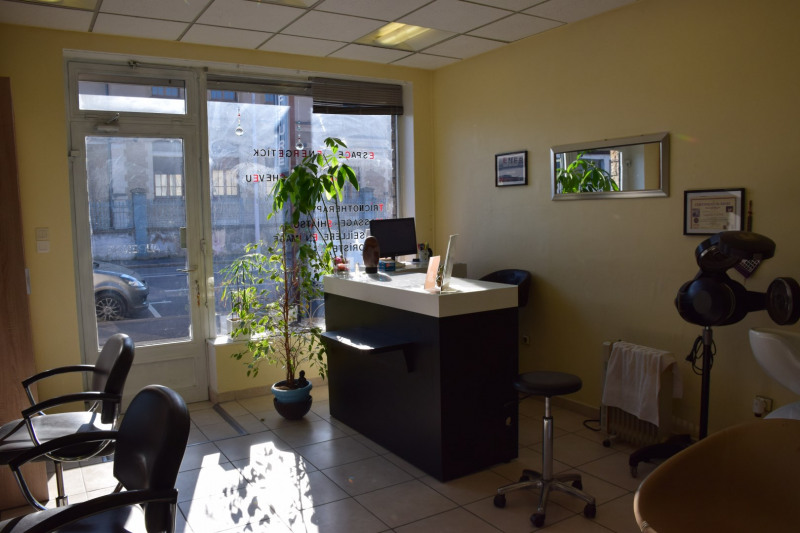 Vente local commercial Bourg-en-bresse 55 000€ - Photo 3