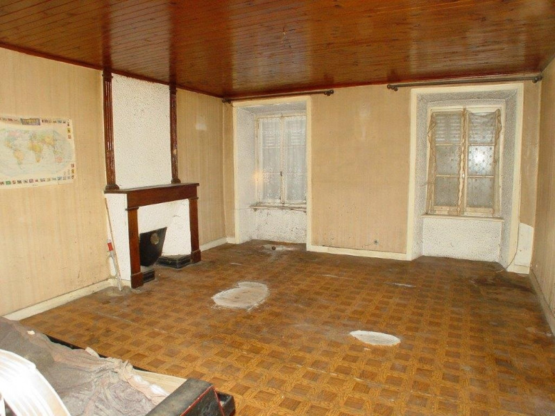 Vente immeuble St agreve 38 000€ - Photo 6