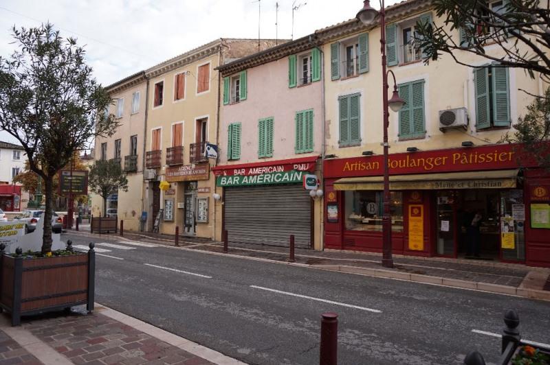 Location appartement Vidauban 450€ CC - Photo 1