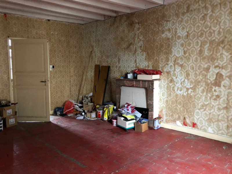 Sale empty room/storage Renaze 30 000€ - Picture 3