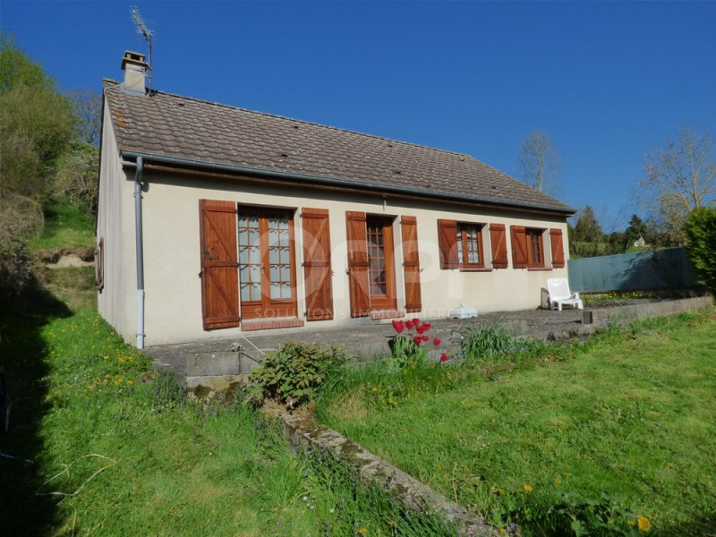 Sale house / villa Charleval 149000€ - Picture 1