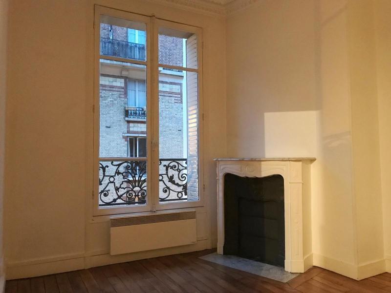 Location appartement Paris 15ème 940€ CC - Photo 3