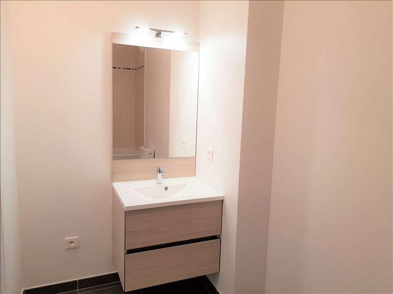 Rental apartment Chatillon 890€ CC - Picture 5