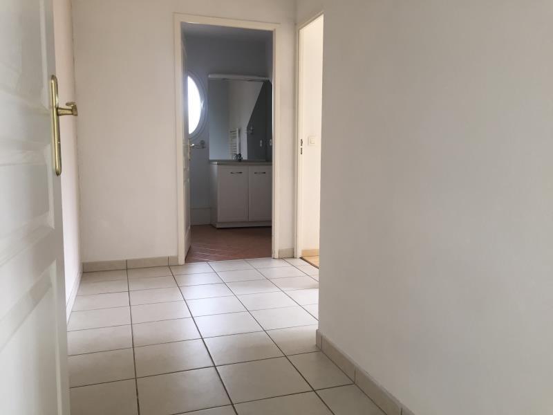 Rental apartment Ares 740€ CC - Picture 4