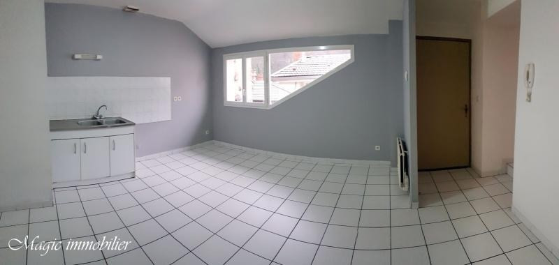 Rental apartment Nantua 430€ CC - Picture 1