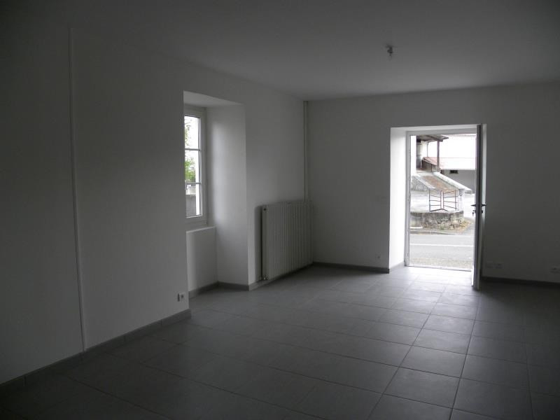 Rental apartment Garris 490€ CC - Picture 2