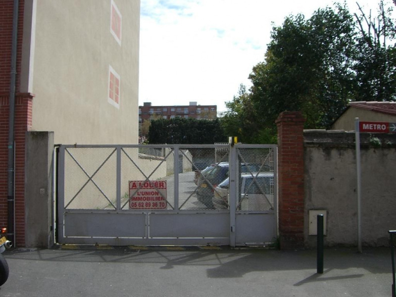 Rental parking spaces Toulouse 95€ CC - Picture 1