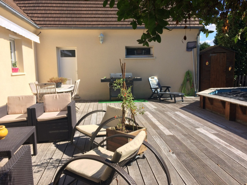 Sale house / villa Houdan 367500€ - Picture 8